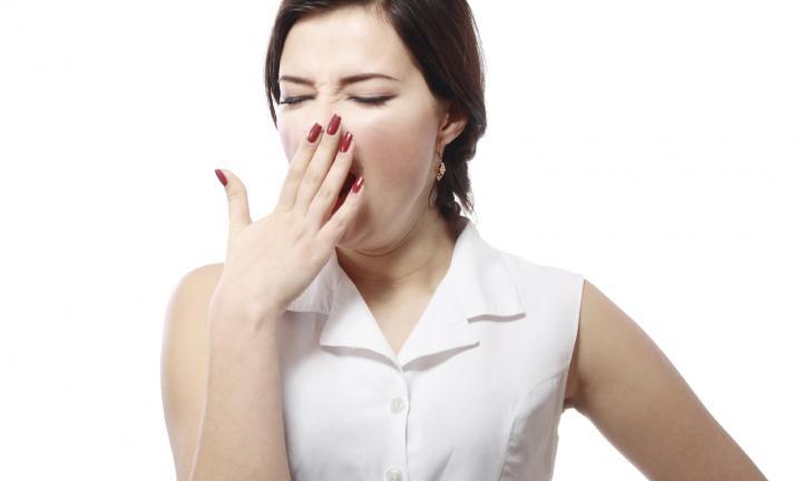 c0004-yawning-tired-woman-20151221120337-q75252cdx720y432u1r1gg252cc